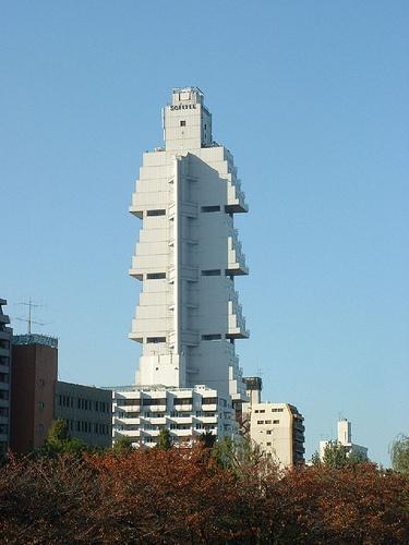 ساختمان های عجیب دنیا
